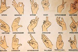 Principais gestos do Kathakali